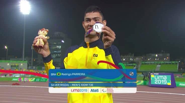 Rodrigo Parreira conquista mais uma medalha no Parapan de Lima